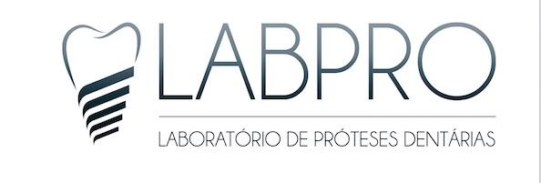 Imagem da notícia: Laboratórios do grupo de clínicas OralMED procuram técnicos