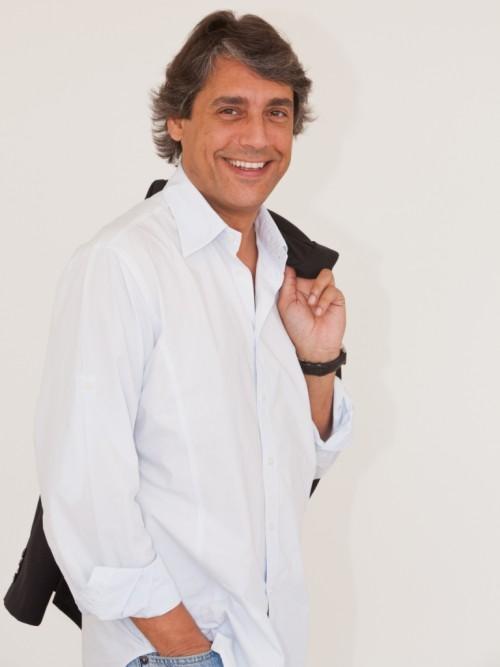 """Imagem da notícia: """"…existe uma história"""", por Moisés Rocha"""