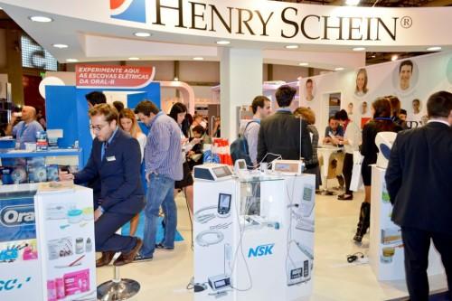 Imagem da notícia: Henry Schein apresenta novidades tecnológicas