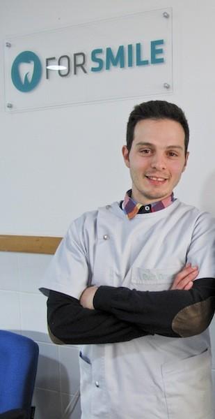 Imagem da notícia: Jovem lidera laboratório de prótese em Famalicão