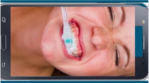 Imagem da notícia: Selfies podem melhorar higiene oral