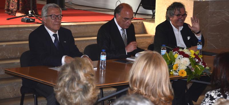 Imagem da notícia: Livro de João Pimenta reuniu cerca de 200 pessoas