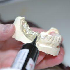 Imagem da notícia: Faz formação em medicina dentária?