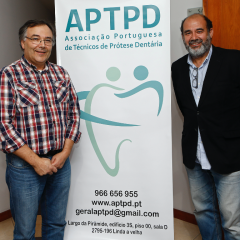 Imagem da notícia: A dupla que luta pelos técnicos de prótese dentária em Portugal