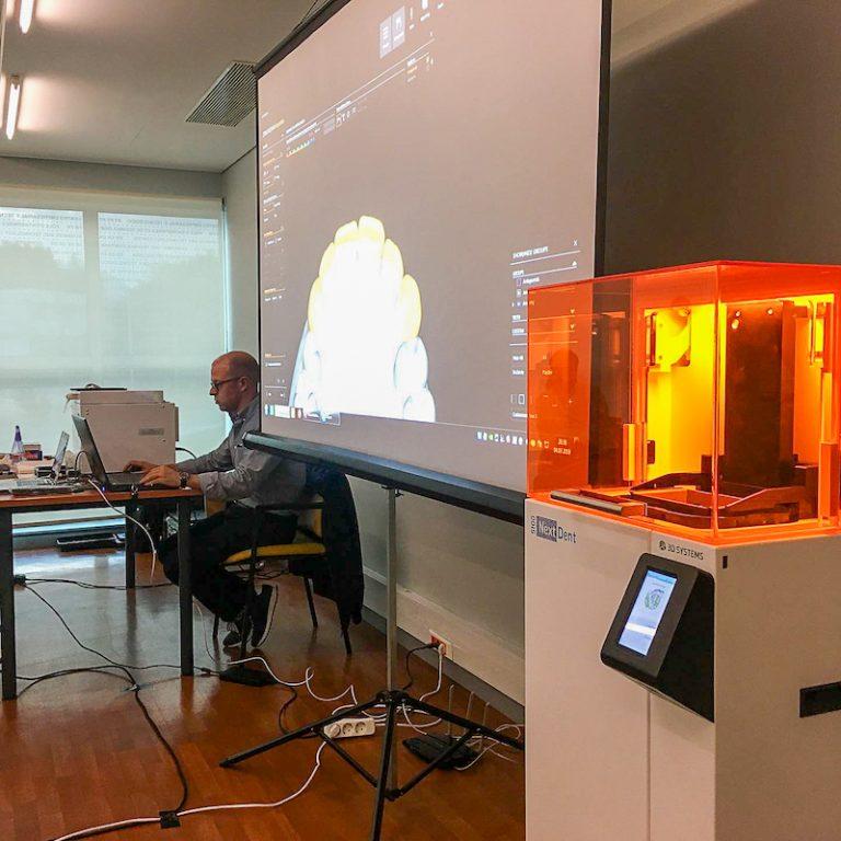"""Imagem da notícia: NextDent 5100, """"a transformar o mundo dos laboratórios"""""""