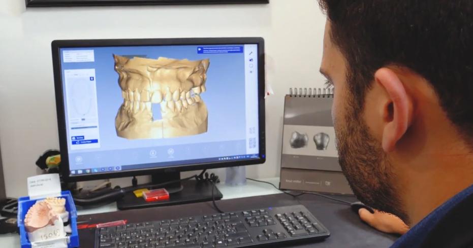 Imagem da notícia: OralMED quer aumentar número de laboratórios