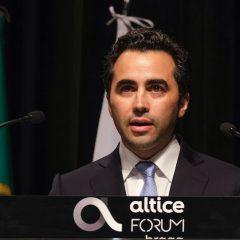 Imagem da notícia: Miguel Pavão tomou posse como bastonário da OMD
