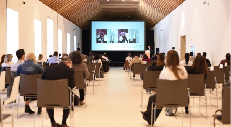 """Imagem da notícia: BEGO realiza conferência """"A arte da implantologia"""""""